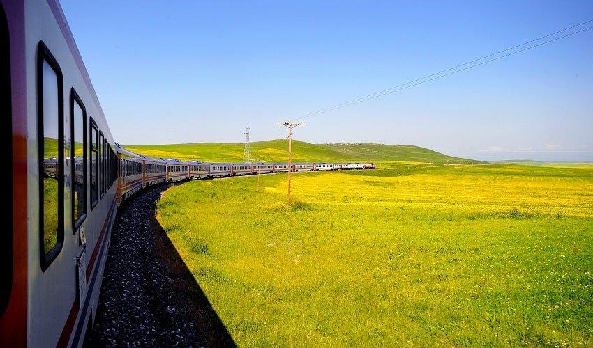 Izmir Tehran Train
