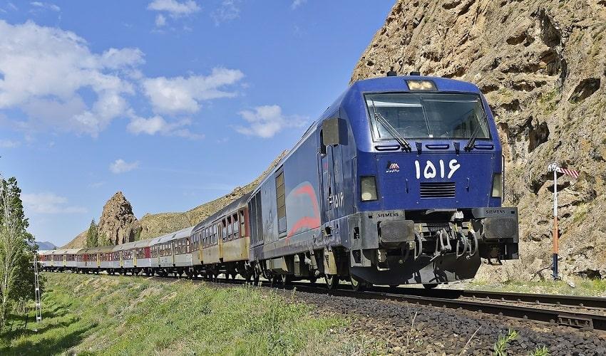 Tehran Istanbul Train